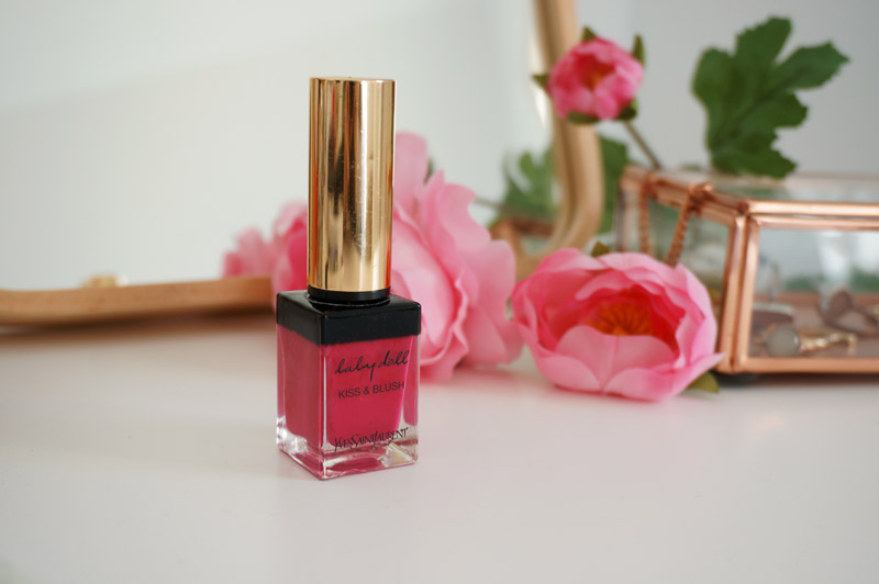 Babydoll kiss and blush Yves Saint Laurent Fushia Désinvolte