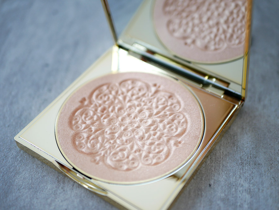 tarte cosmetics highlighter goddess glow