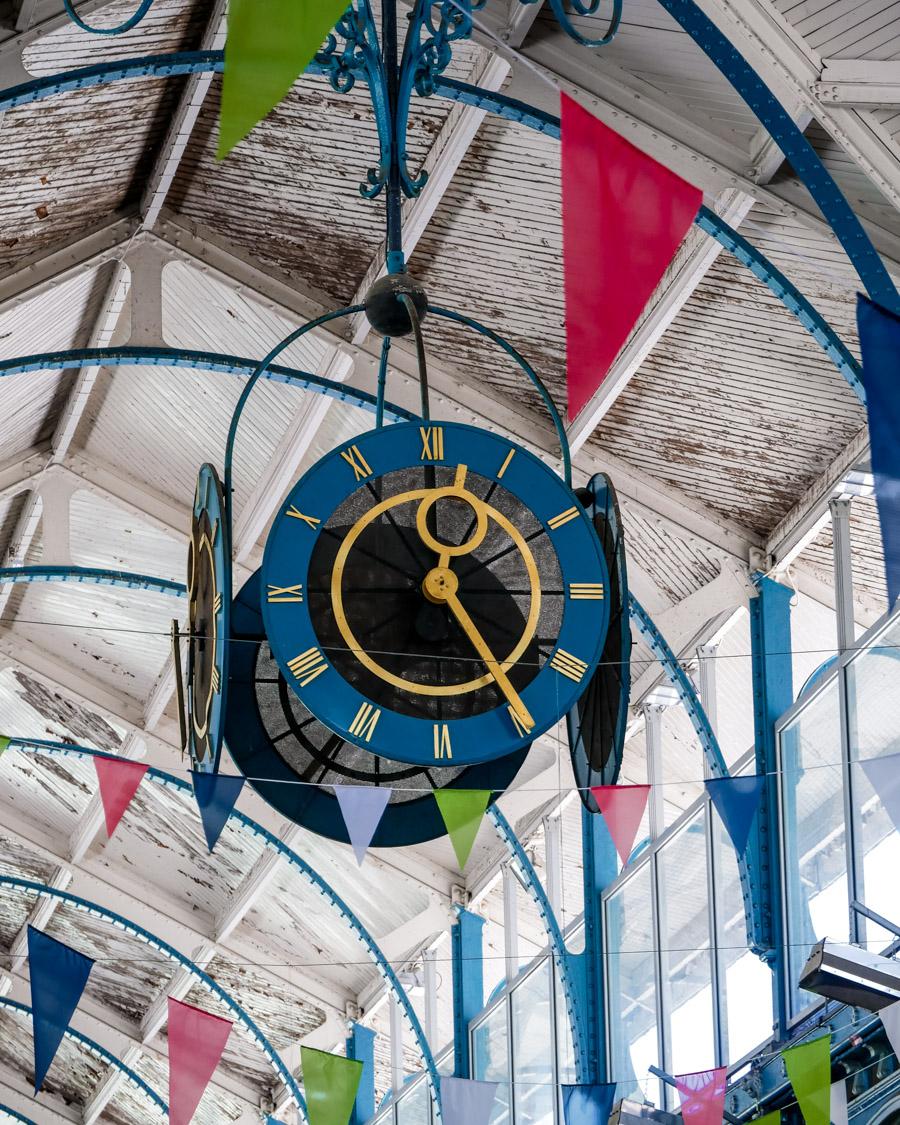 Horloge des Halles centrales de Dijon