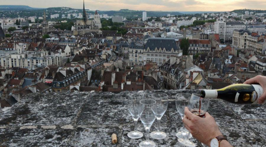 Tour Philippe le Bon Dijon apéro