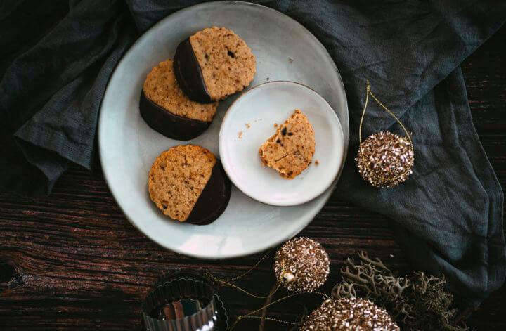 Sablés aux noix (et au chocolat)