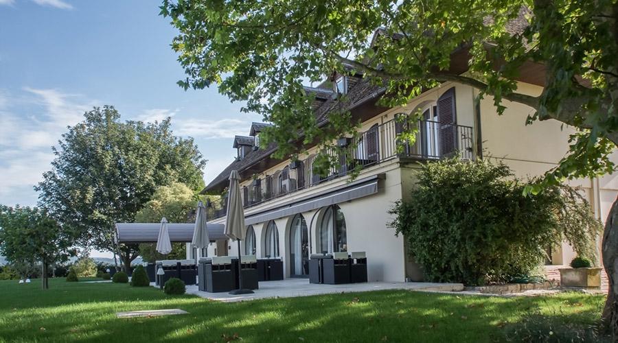 Ermitage Corton Chorey-les-Beaune terrasse